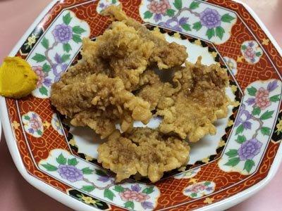 函館ラーメン鳳蘭のザリジ(豚の唐揚げ)ハーフ