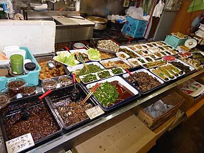 くどう おかず屋 弘前中央食品市場 おかずの数々