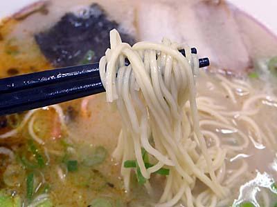 名代ラーメン亭 麺アップ